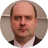 «Зарплаты ипенсии будут сокращаться». Экономист Сергей Жаворонков оновом бюджете России