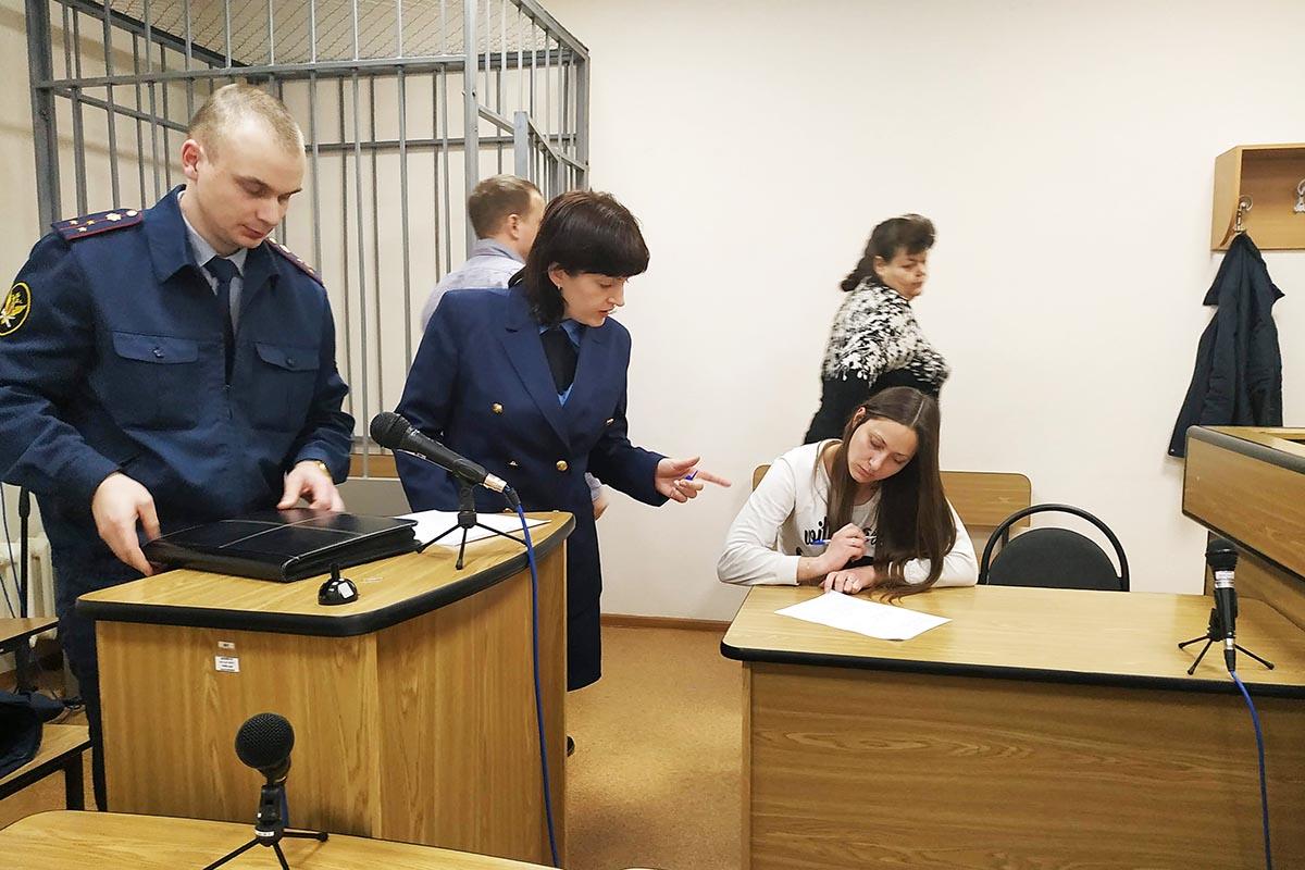 Постоянно дают психотропные препараты: что происходит сарестованными активистами «Открытой России» вПскове