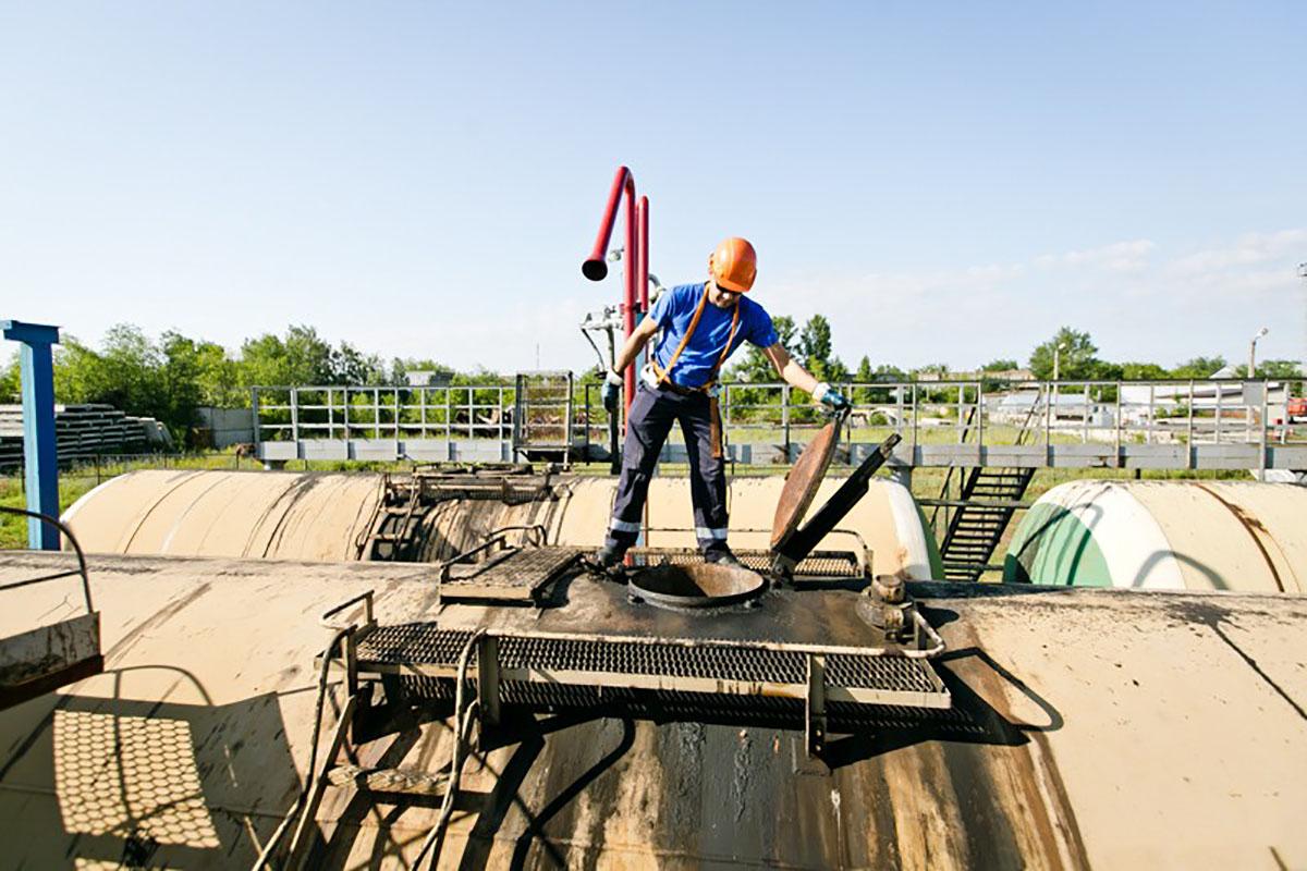 «Нефтяники уничтожают нас, как индейцев». Отравленный воздух жителей Оренбуржья