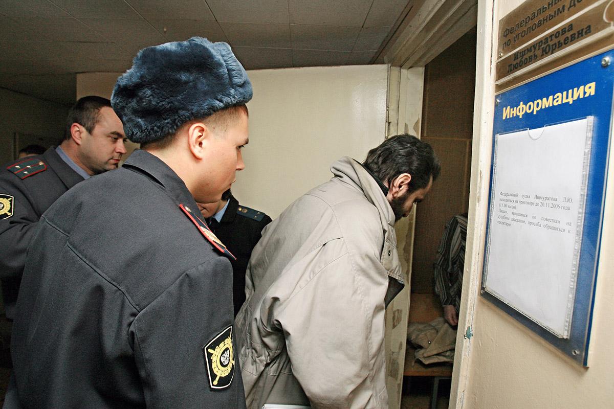 """""""Какие в стране рабов могут быть сторонники у человека, выступающего за свободу?"""": из тюрьмы выходит Борис Стомахин, отсидевший 12 лет за русофобию"""