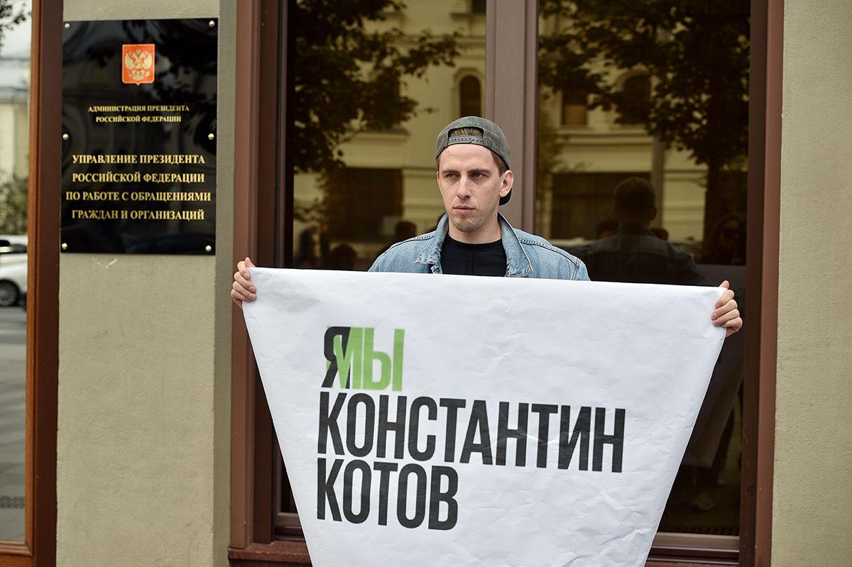 Режиссер Борис Хлебников: «Мыживем встране, вкоторой всем наплевать назакон»