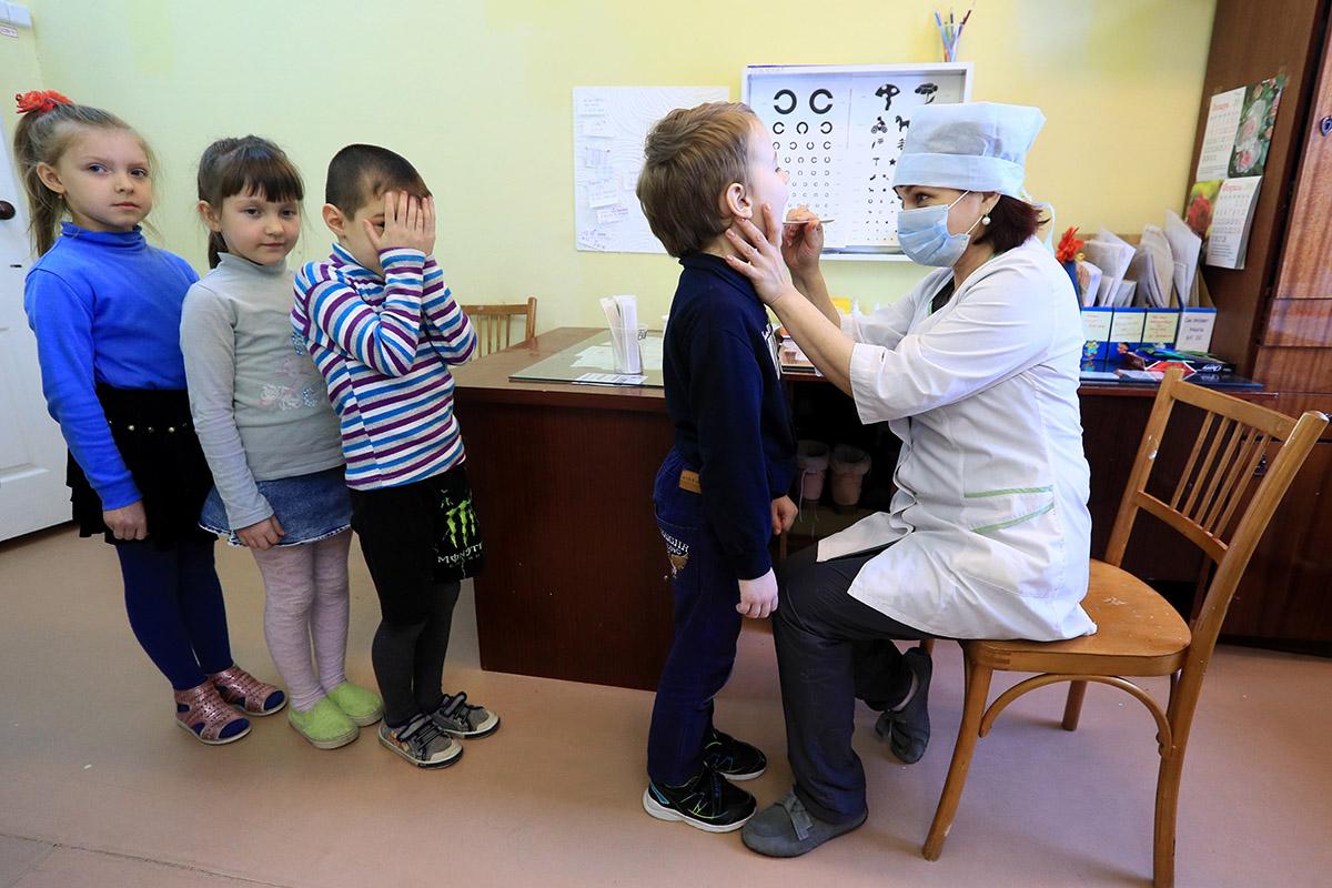 Не коронавирус: чем массово болеют в России?