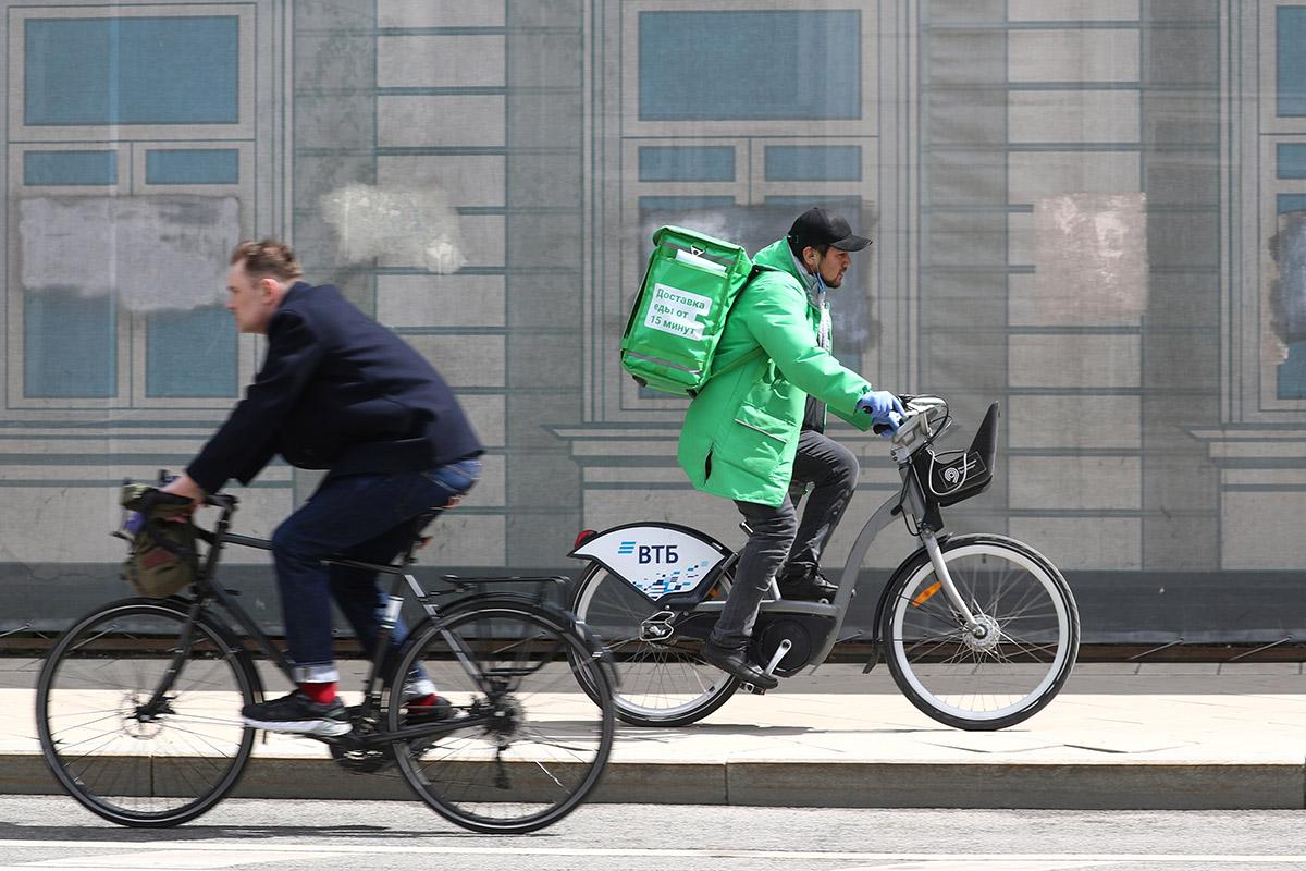 Велосипеды и отмена пропусков: как решить проблему со скоплением людей в метро?